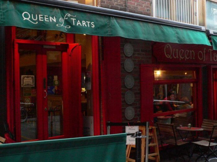 temple bar dublin ireland queen of tarts by kerry dexter