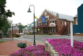 The Barter Theatre, Abingdon Virginia, in springtime (courtesy Barter Theatre)