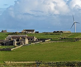 wind-turbine orkney summer farm