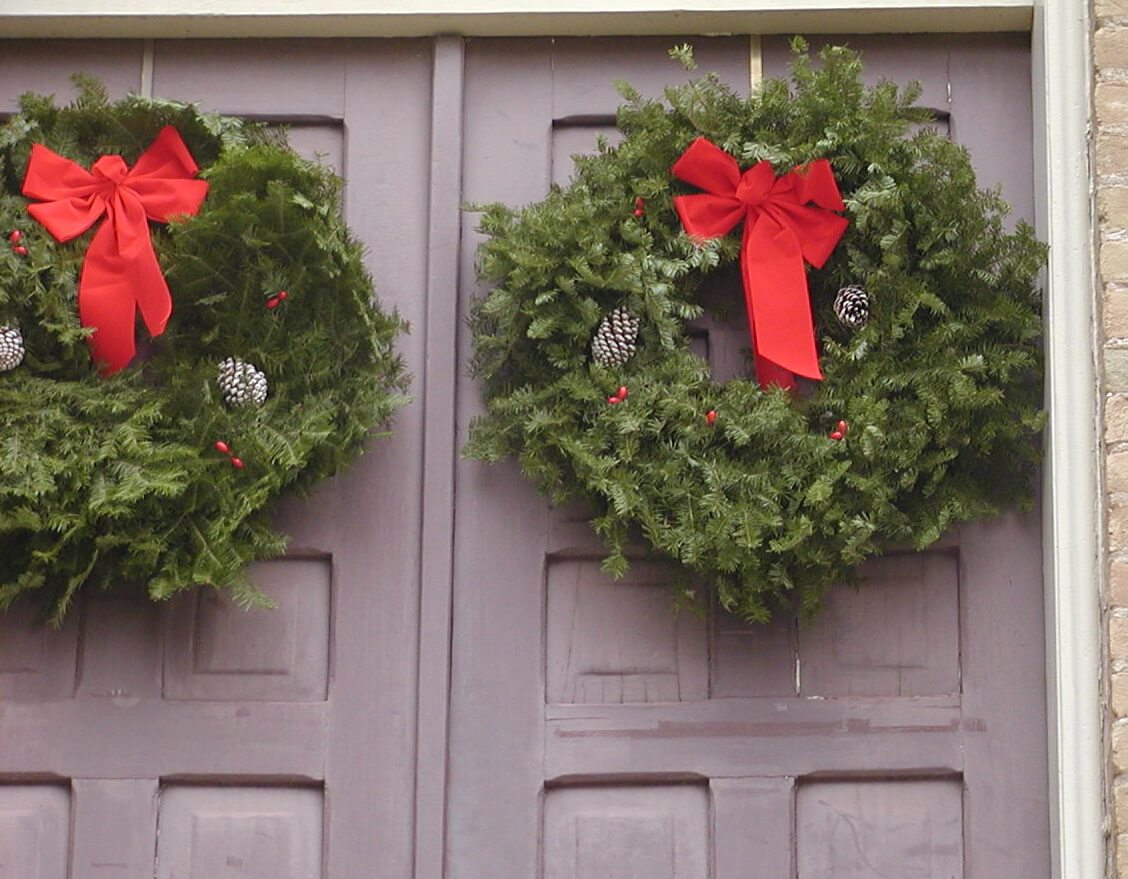 holiday wreaths austin texas copyright kerry dexter